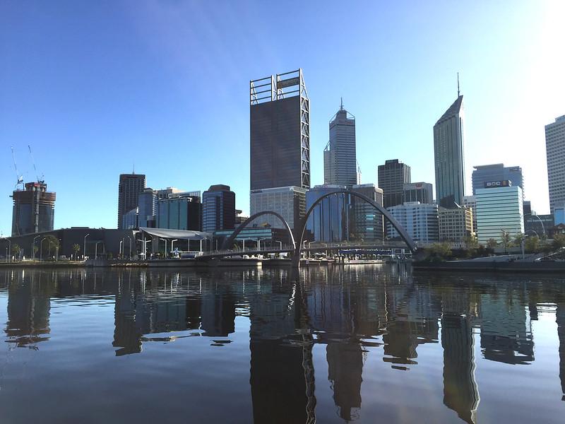 best things in perth - city skyline