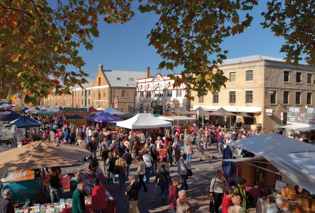 Salamanca Saturday Market in Hobart / Tasmania.